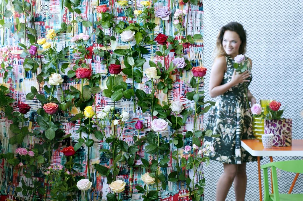 diy wandkleed met echte rozen mooi wat bloemen doen. Black Bedroom Furniture Sets. Home Design Ideas