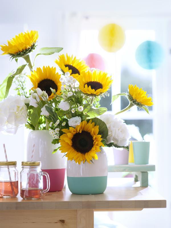 Fleurige combi kinderen en bloemen mooi wat bloemen doen for Gerbera in de tuin